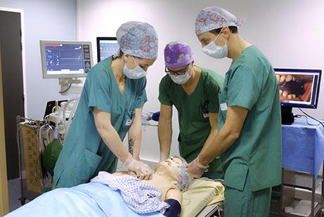 Gestion de situations critiques en réanimation médicale